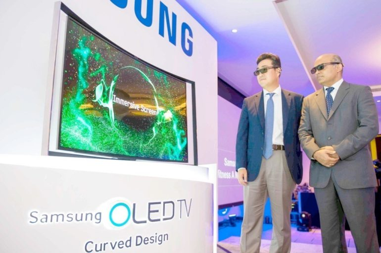Samsung launches the unique Curved OLED TV.