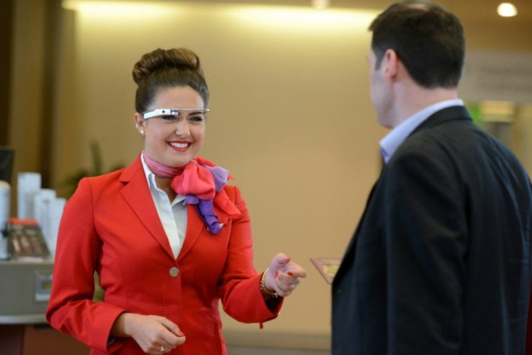Virgin Atlantic to use Google glass and Sony smartwach to serve customers.