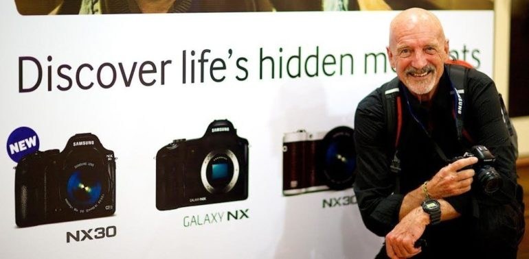 Samsung launches the NX30 camera in UAE