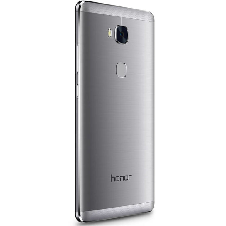 HONOR 5X ARRIVES IN THE MIDDLE EAST.