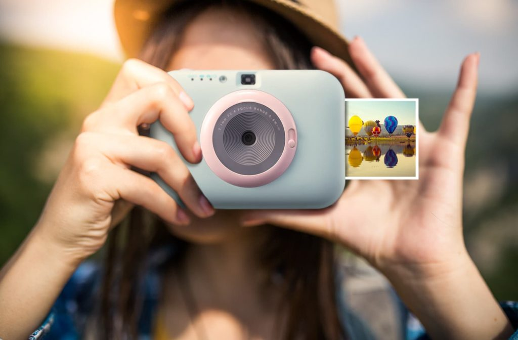 LG Introduces the Portable Instant Photo Gadget the Pocket Photo Snap