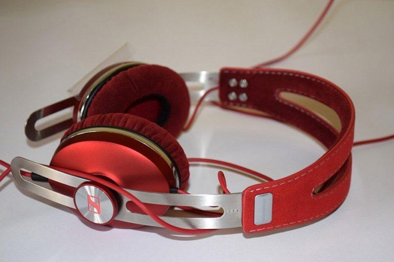 Sennheiser MOMENTUM On-Ear Unboxing.