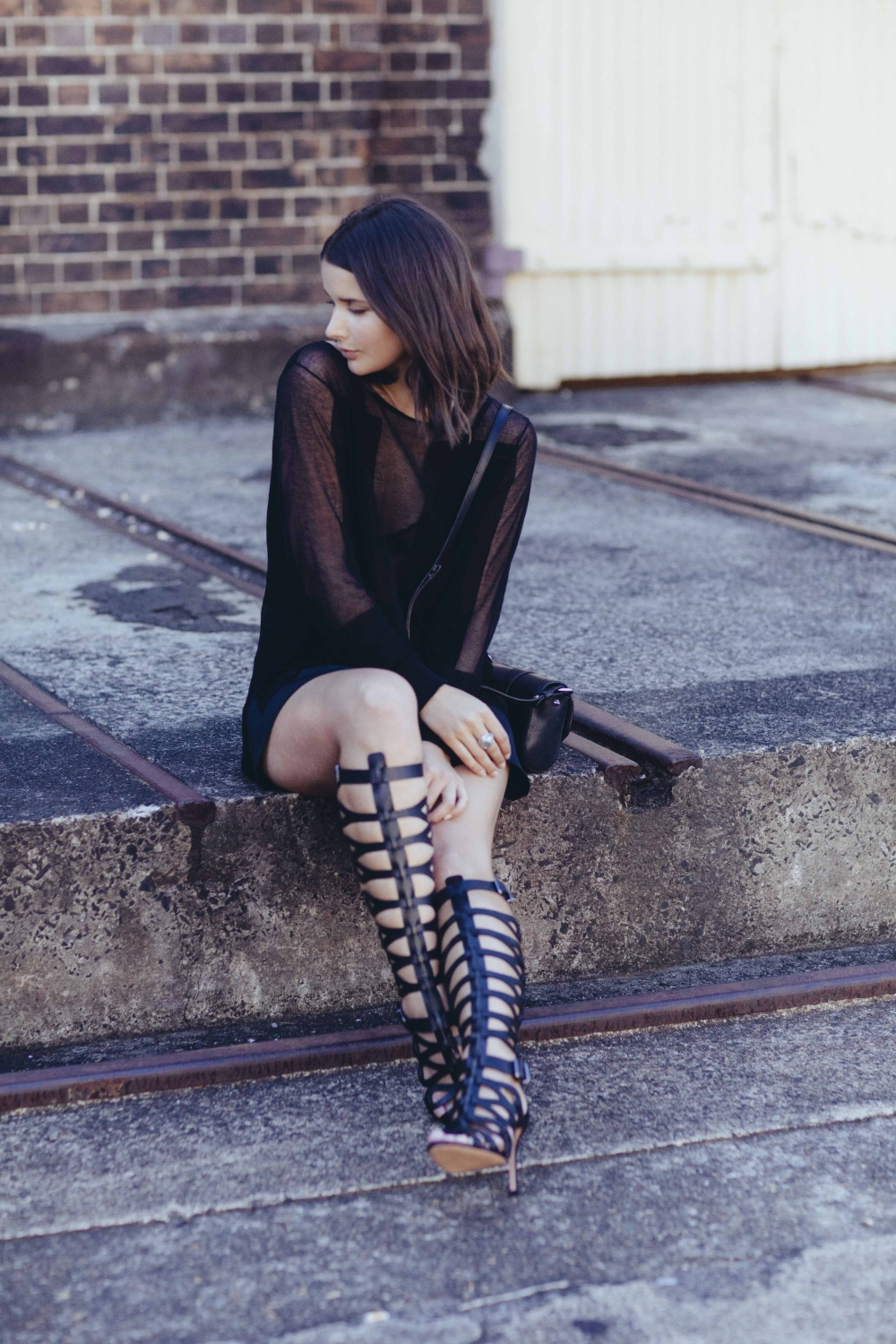 harper and harley_scanlan theodore_schutz sandal boot_all black outfit_australian fashion blogger_3