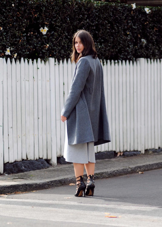 harper and harley_australian fashion blogger_grey coat_grey dress