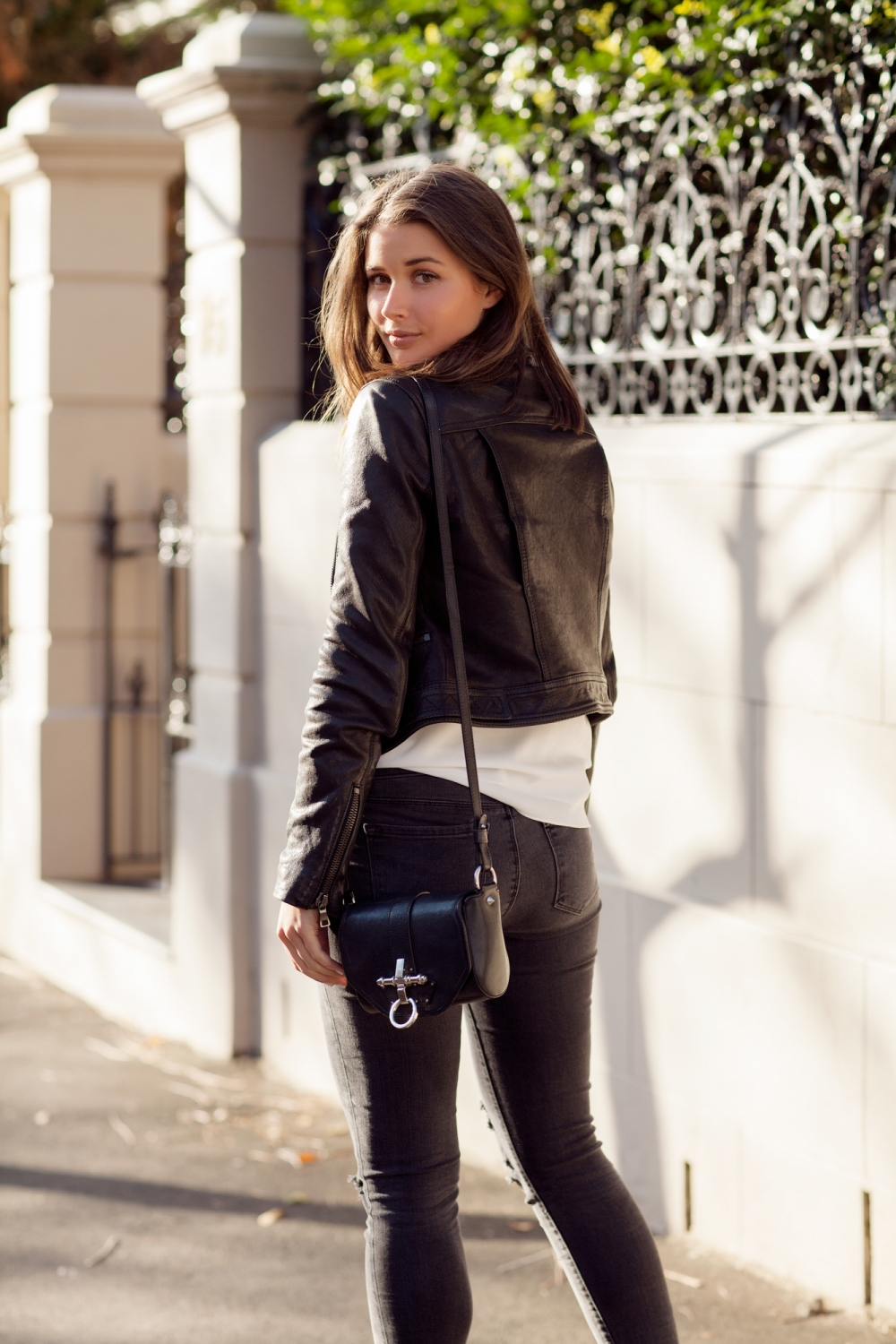 harper and harley_fashion blogger_minimal_leather jacket_camilla and marc_05