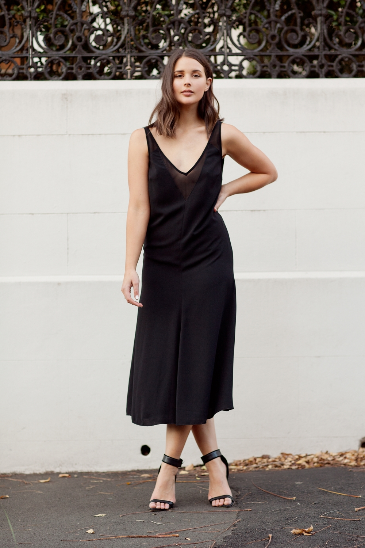 harper and harley_fashion blogger_minimal_black dress_camilla and marc_07