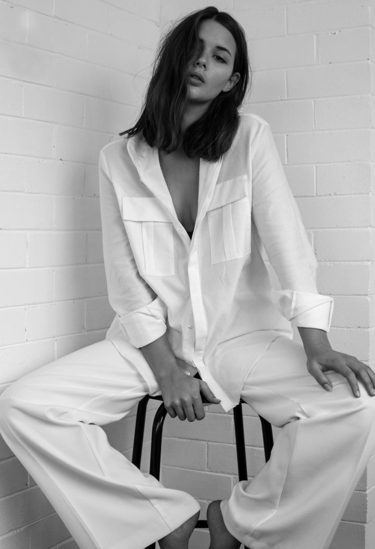 harper and harley_sara donaldson_lara messenger_at home_fashion blogger_4