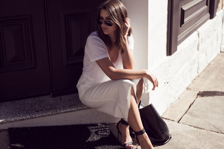 sara donaldson_harper and harley_all white_culottes_ray ban_zanita_1