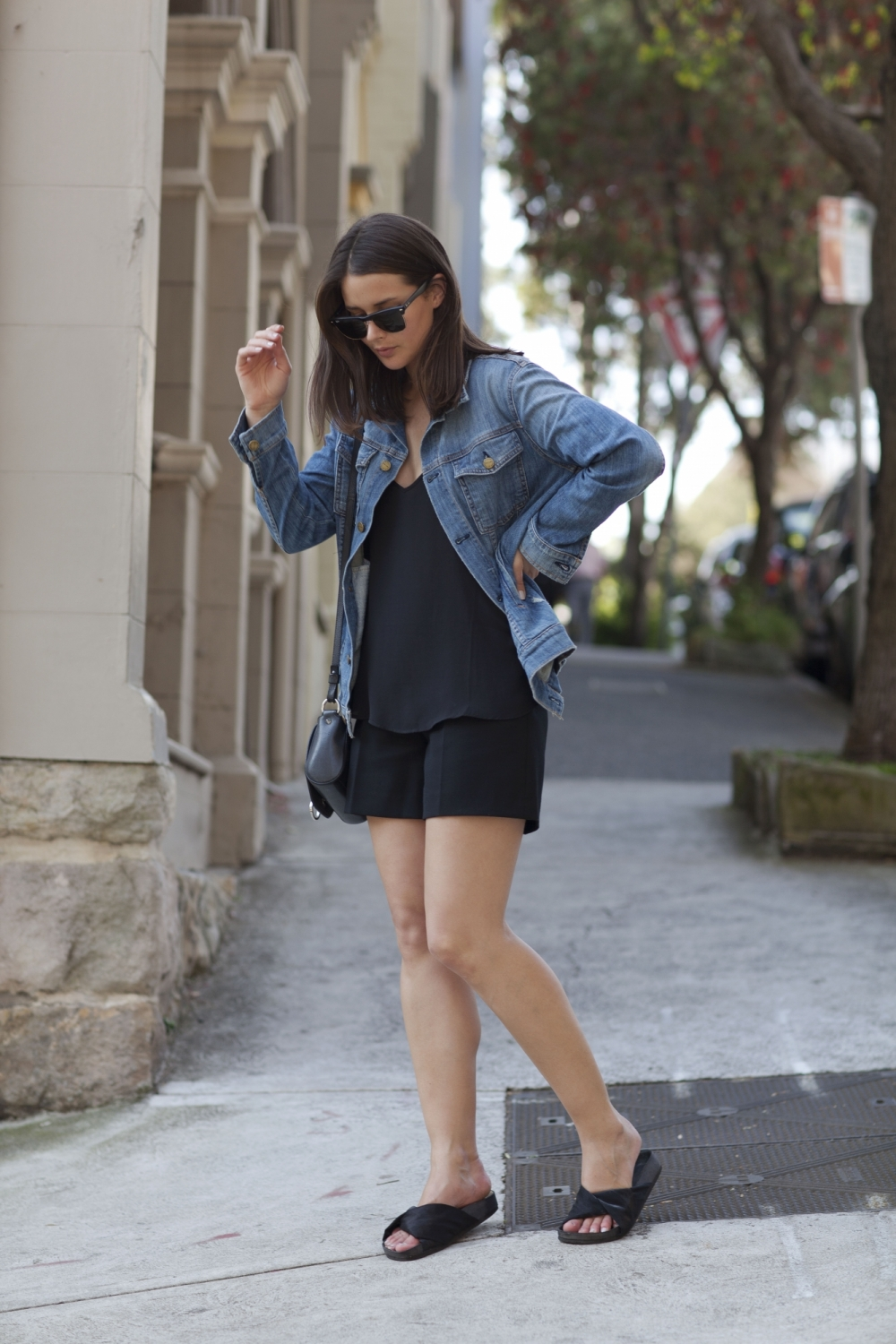 harper and harley_sara donaldson_denim jacket_black shorts_fashion blogger_1