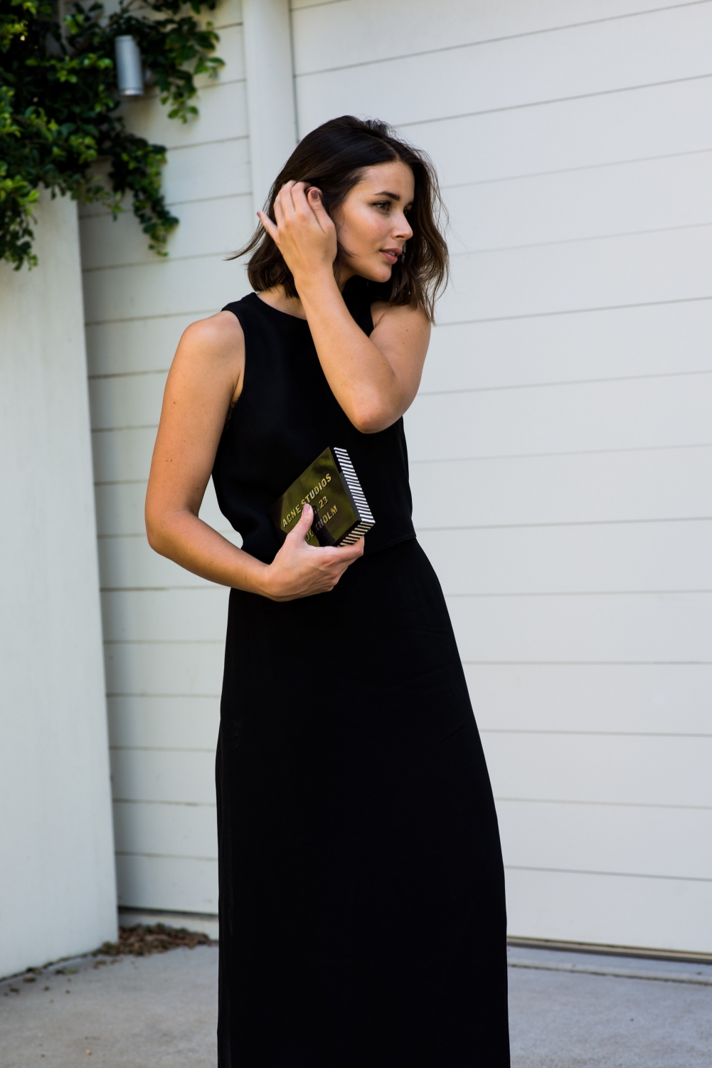 harperandharley_outnet_black-dress_night_2