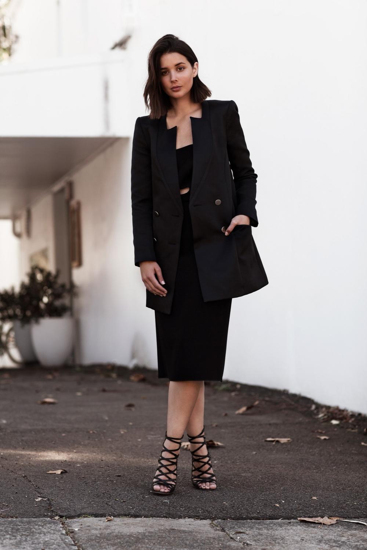 harper-and-harley_sara-donaldson_yeojin-bae-black-strapless-dress_5