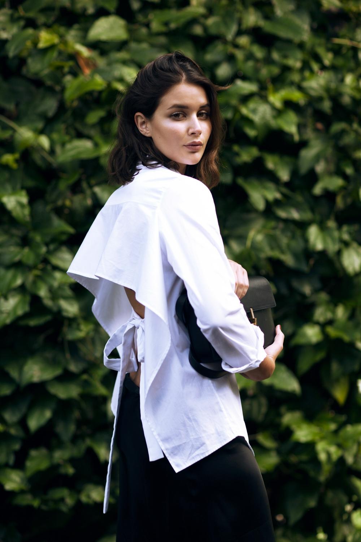 harper-and-harley_tome-open-back-white-shirt_black-silk-skirt_3