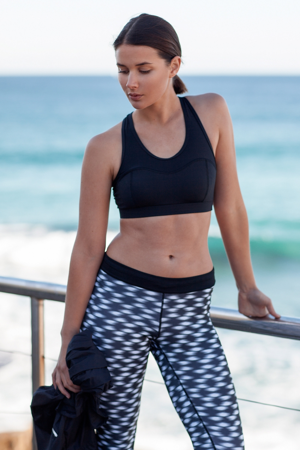 harper-and-harley_sara-donaldson_activewear_health_workout_gym_Running-Bare_Nike_2