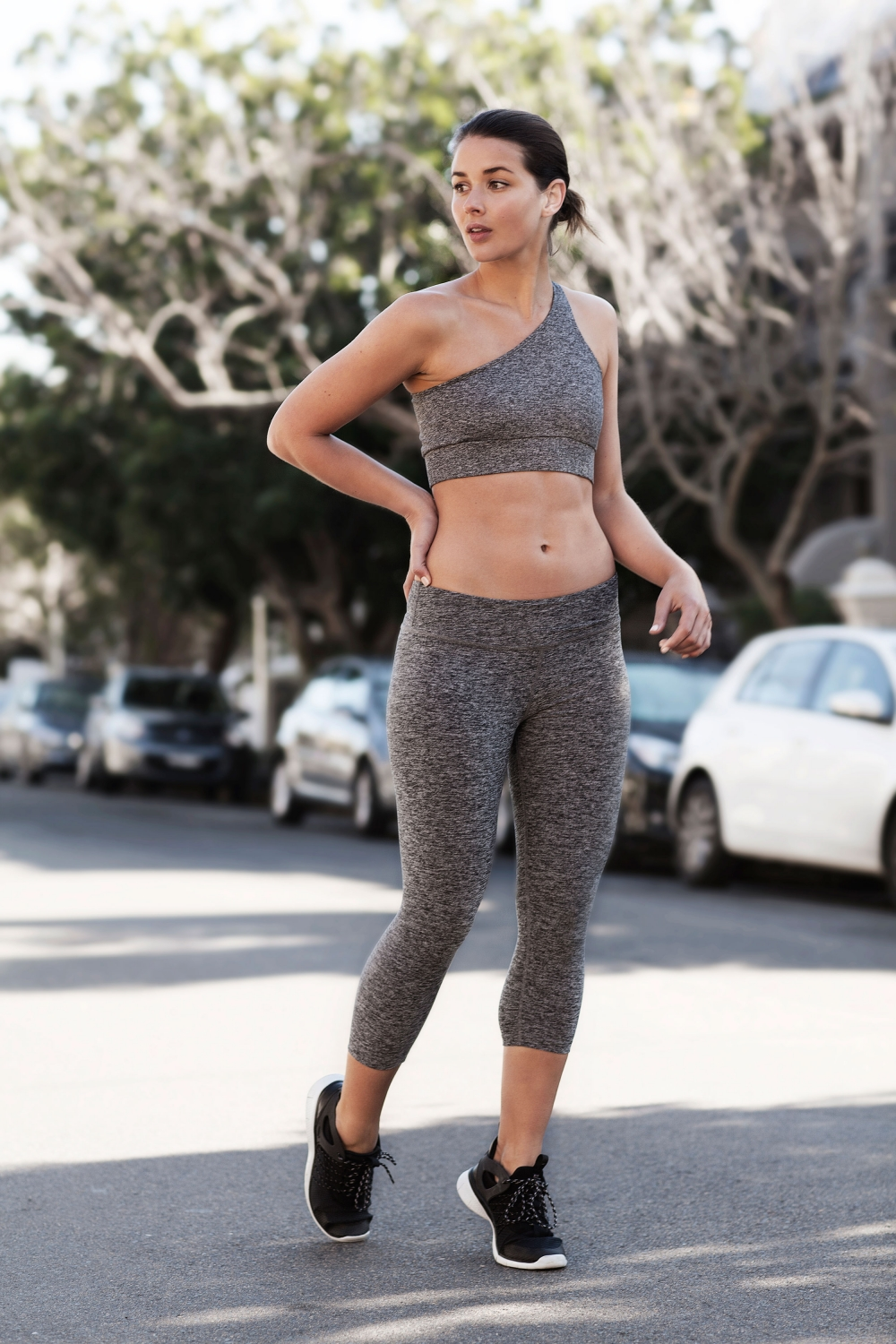 harper-and-harley_activewear_gym_health_workout-wear_all-grey_2