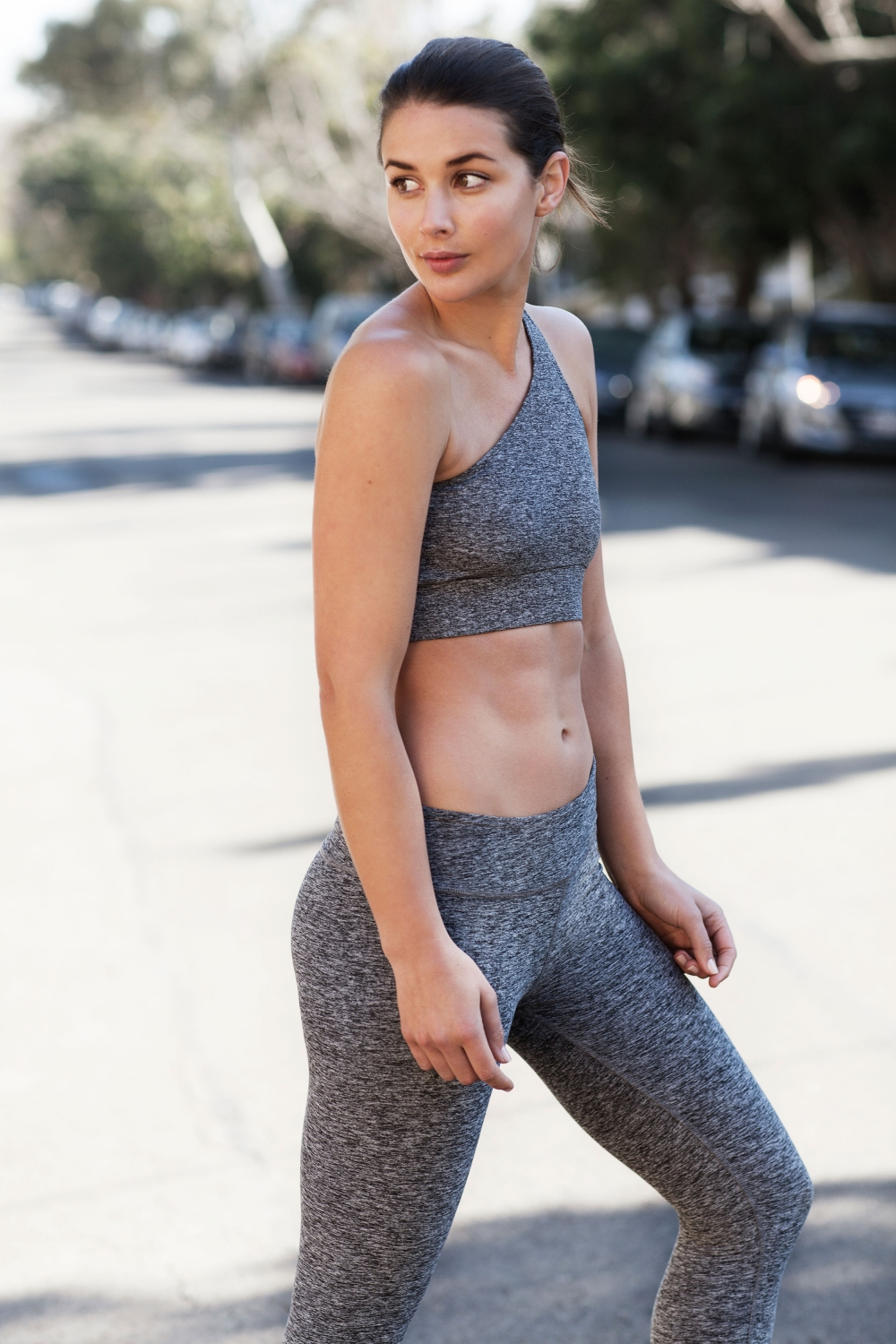 harper-and-harley_activewear_gym_health_workout-wear_all-grey_3