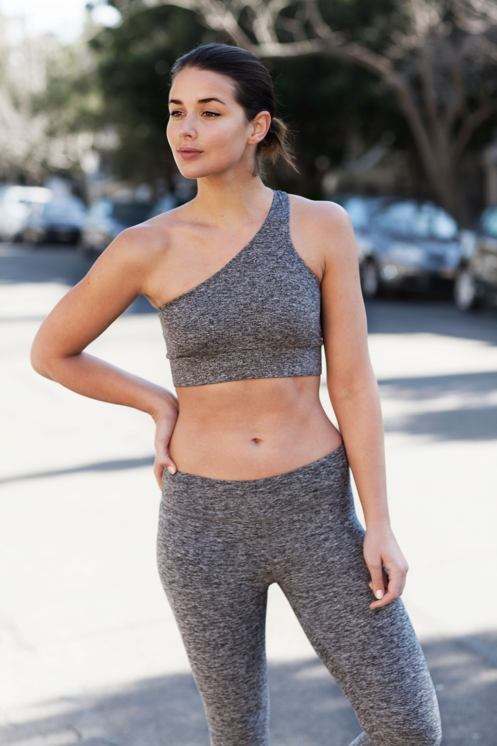 harper-and-harley_activewear_gym_health_workout-wear_all-grey_4