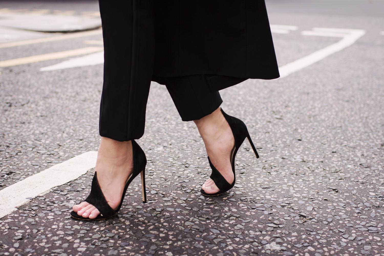Sara Donaldson wearing Francesco Russo heels | HarperandHarley.com