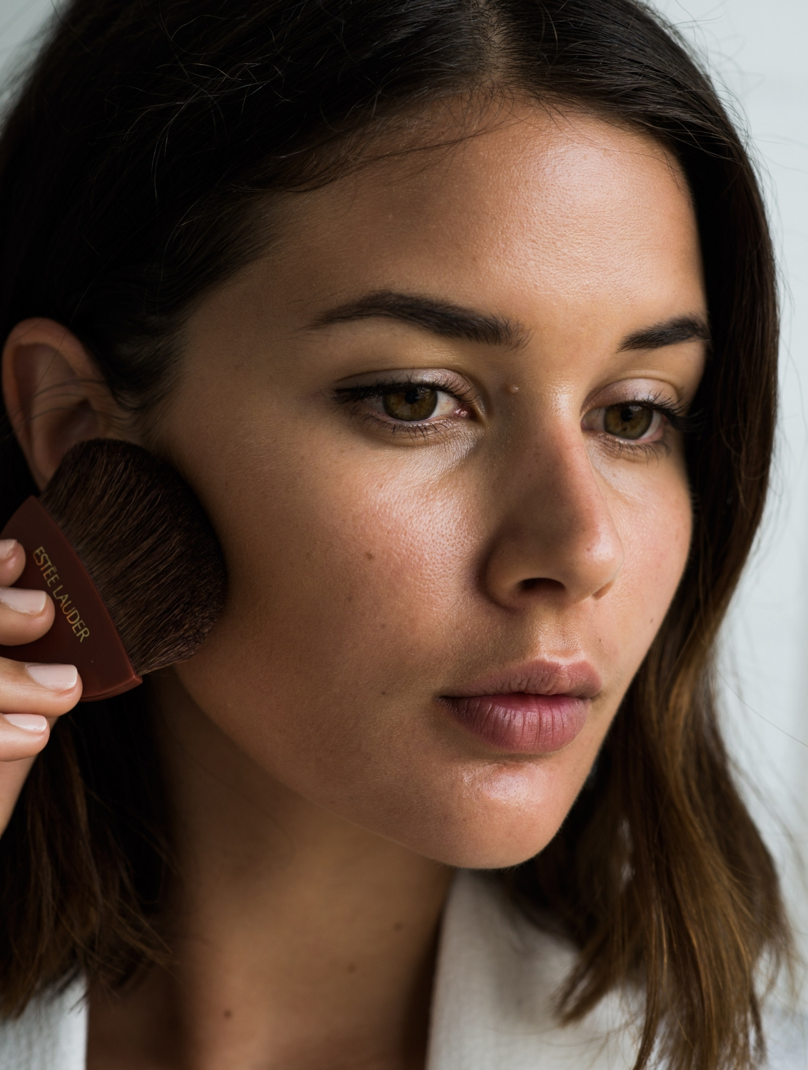 Estee Lauder holiday skin. How to get the most out of your travel makeup