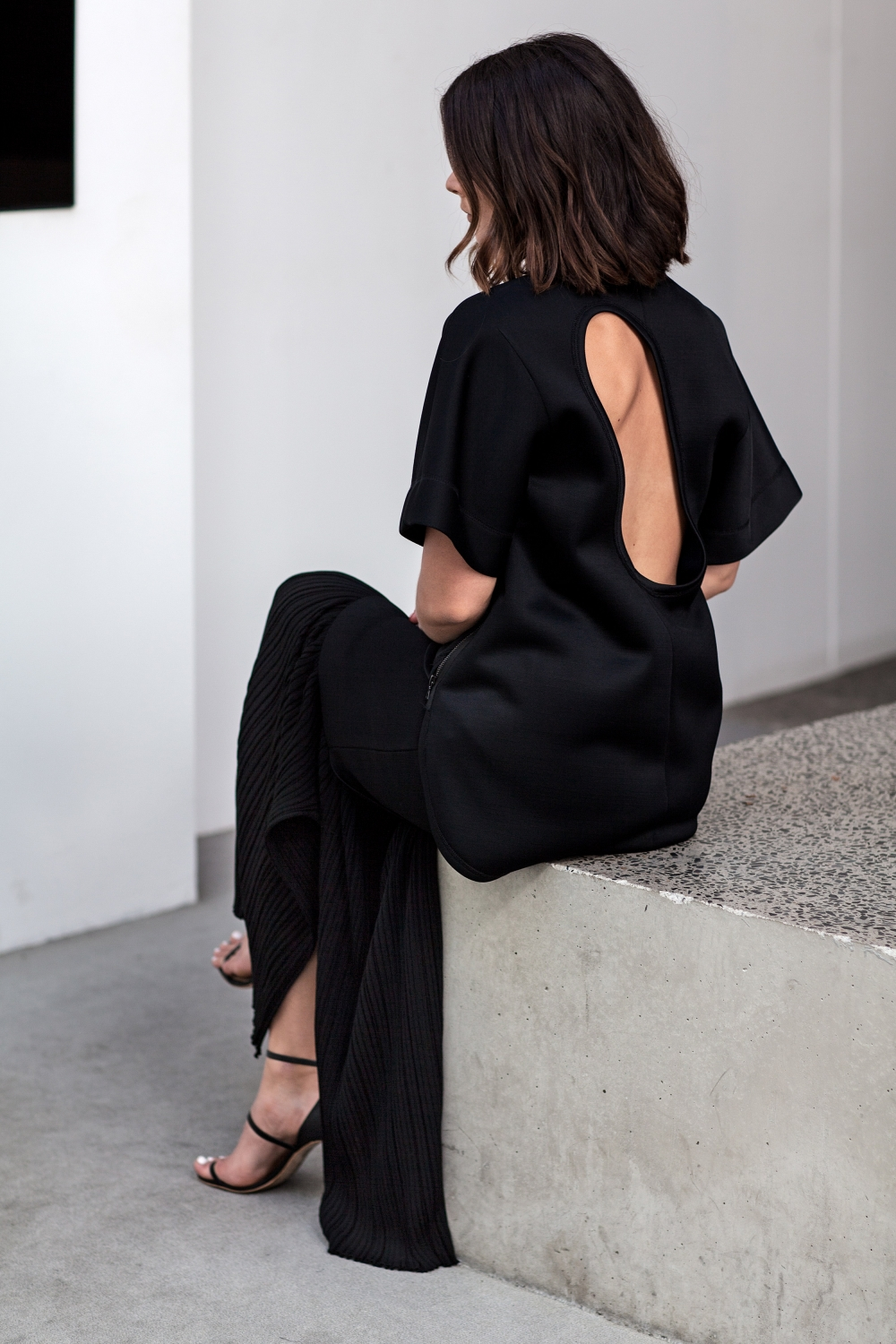 Sara Donaldson wearing Josh Goot Resort 15
