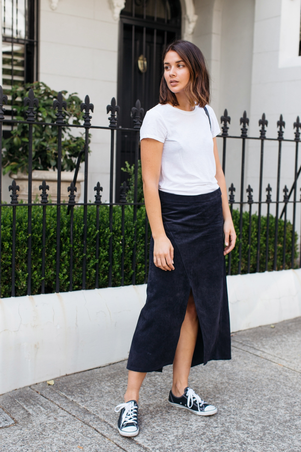 raey navy suede skirt and white t-shirt