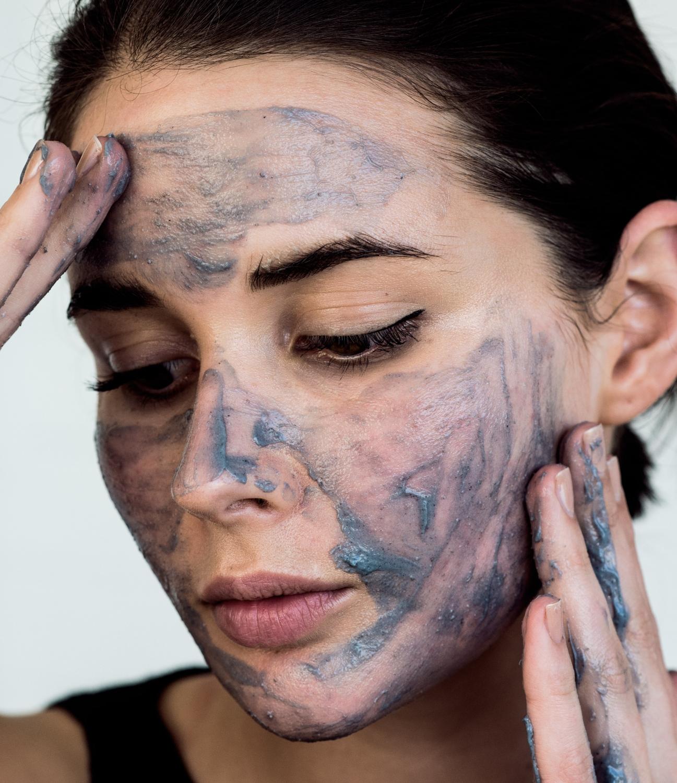 Sukin charcoal scrub | beauty | skincare | harperandharley