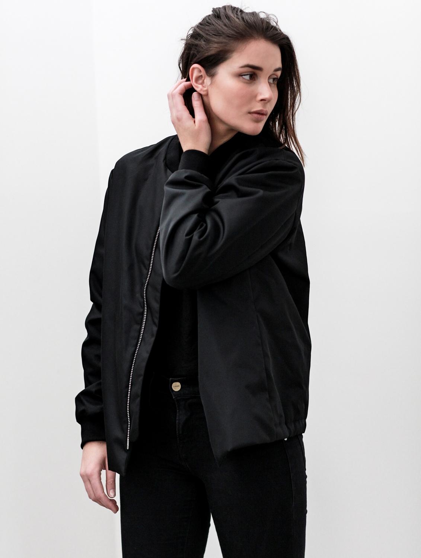black acne bomber jacket | cropped denim jeans | outfit | style | HarperandHarley