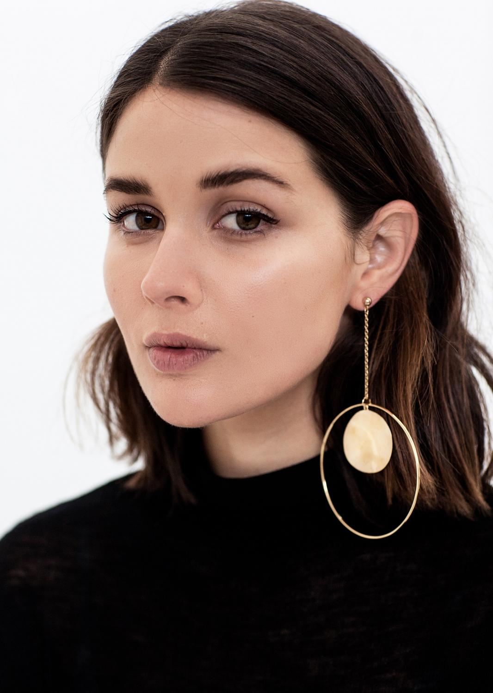 Single earrings | gold | Natasha Schweitzer | The UNDONE store | HarperandHarley