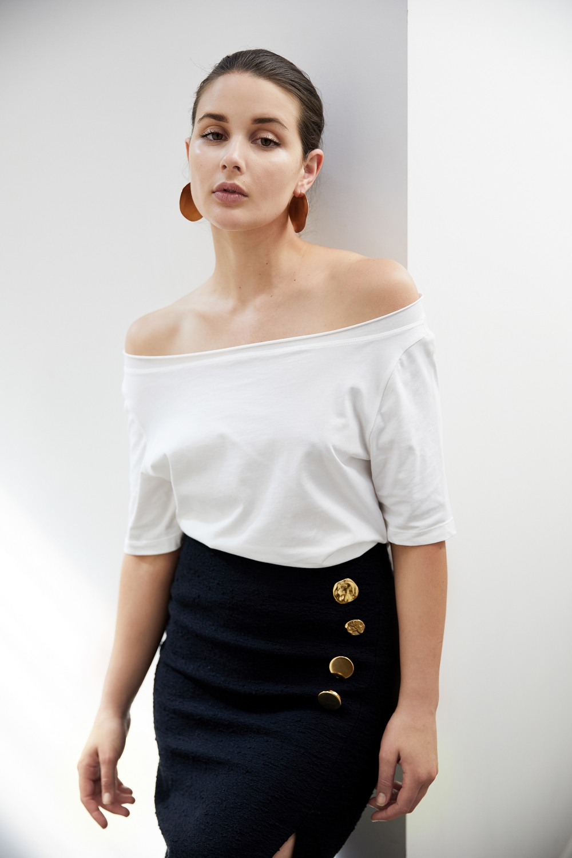 Holly Ryan Wavee Wave earrings | Off The Shoulder Top | Style | Outfit | HarperandHarley
