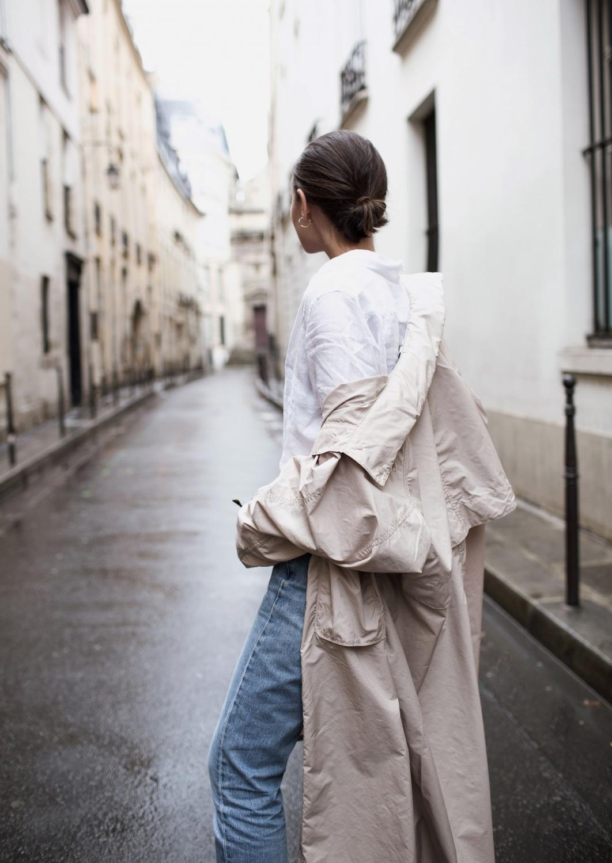 beige trench | blue jeans | paris | street style | HarperandHarley