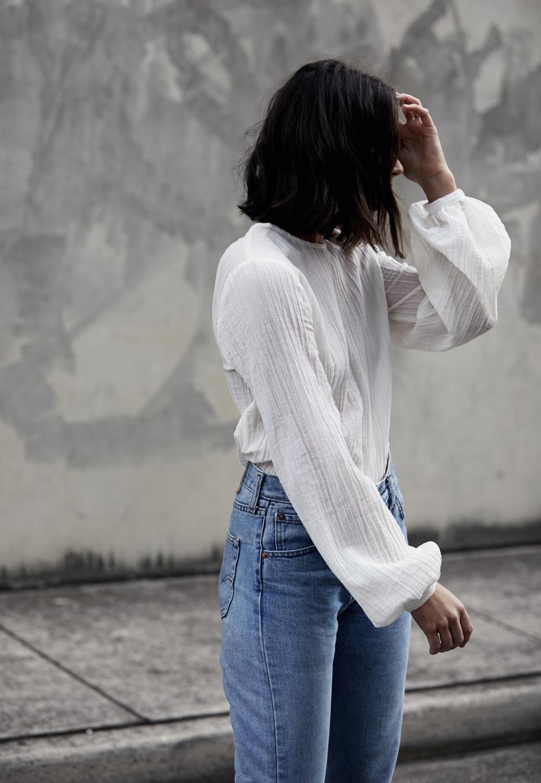 White puff sleeve shirt |Matin Studio | Street style | outfit | vintage levis | HarperandHarley