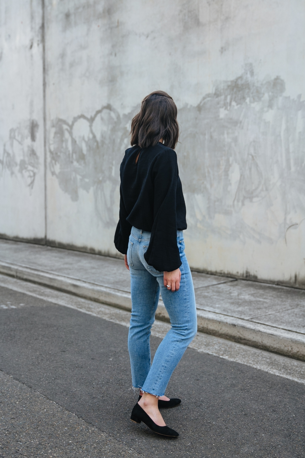 Black top and blue denim | street style | outfit | Australian Fashion Blogger | HarperandHarley