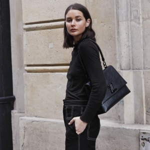 Louis Vuitton Black LV bag | All black outfits | Paris | Street Style | HarperandHarley