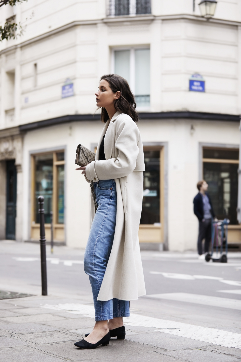 Cream Coat | Blue Jeans | Paris | Style | Outfit | HarperandHarley