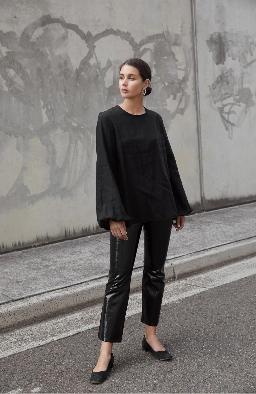 Black Patent Pants   All Black Outfit   Street Style   HarperandHarley