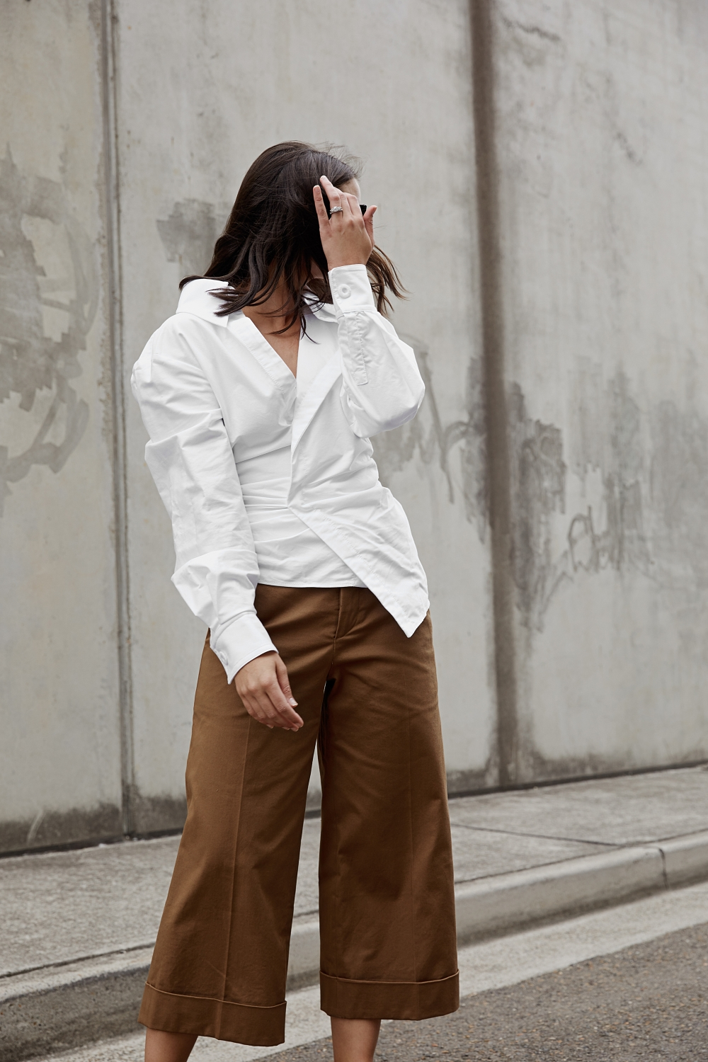 white and neutrals | jacquemus | harperandharley