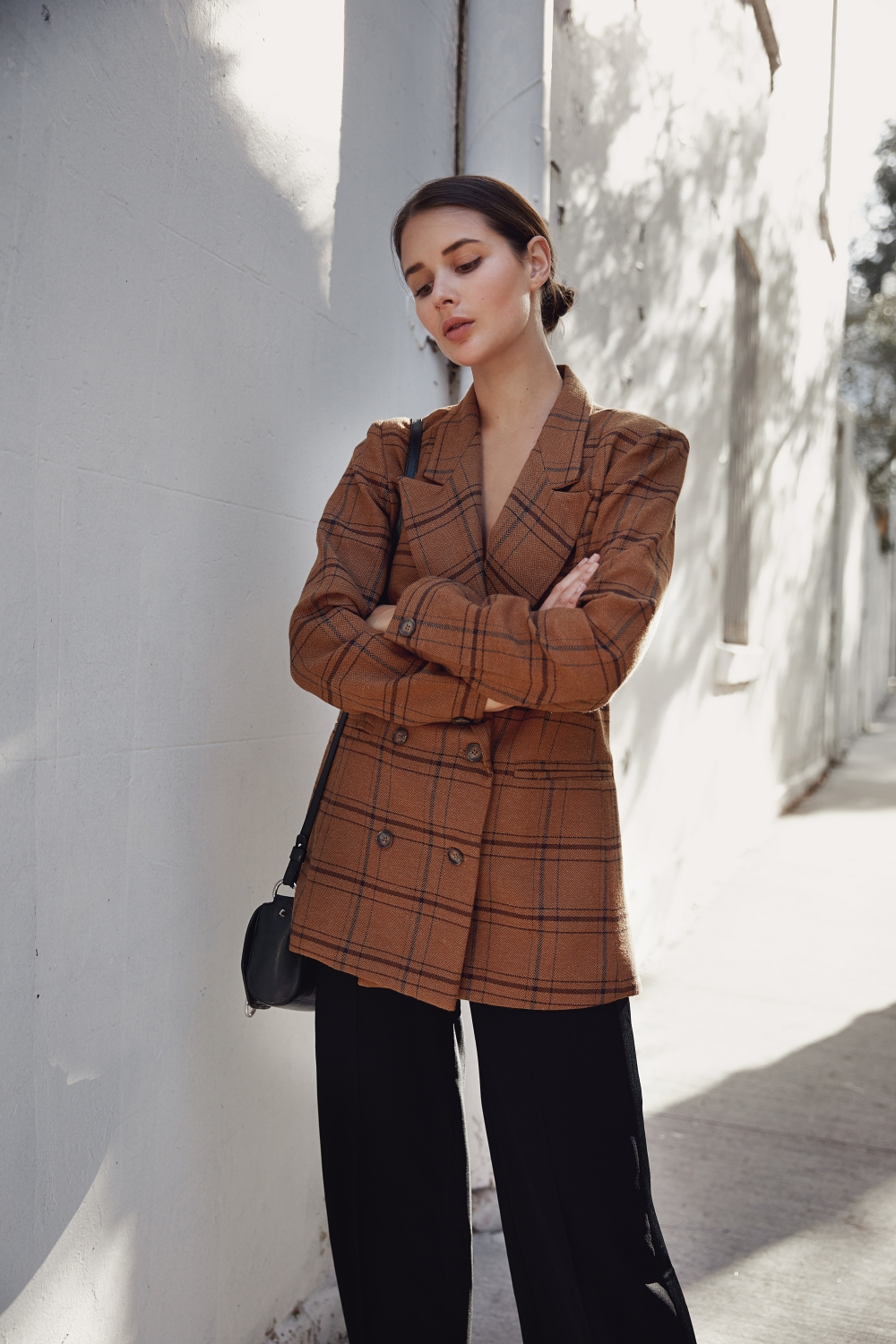 check blazer | brown tan blazer | harper and harley | outfit | style