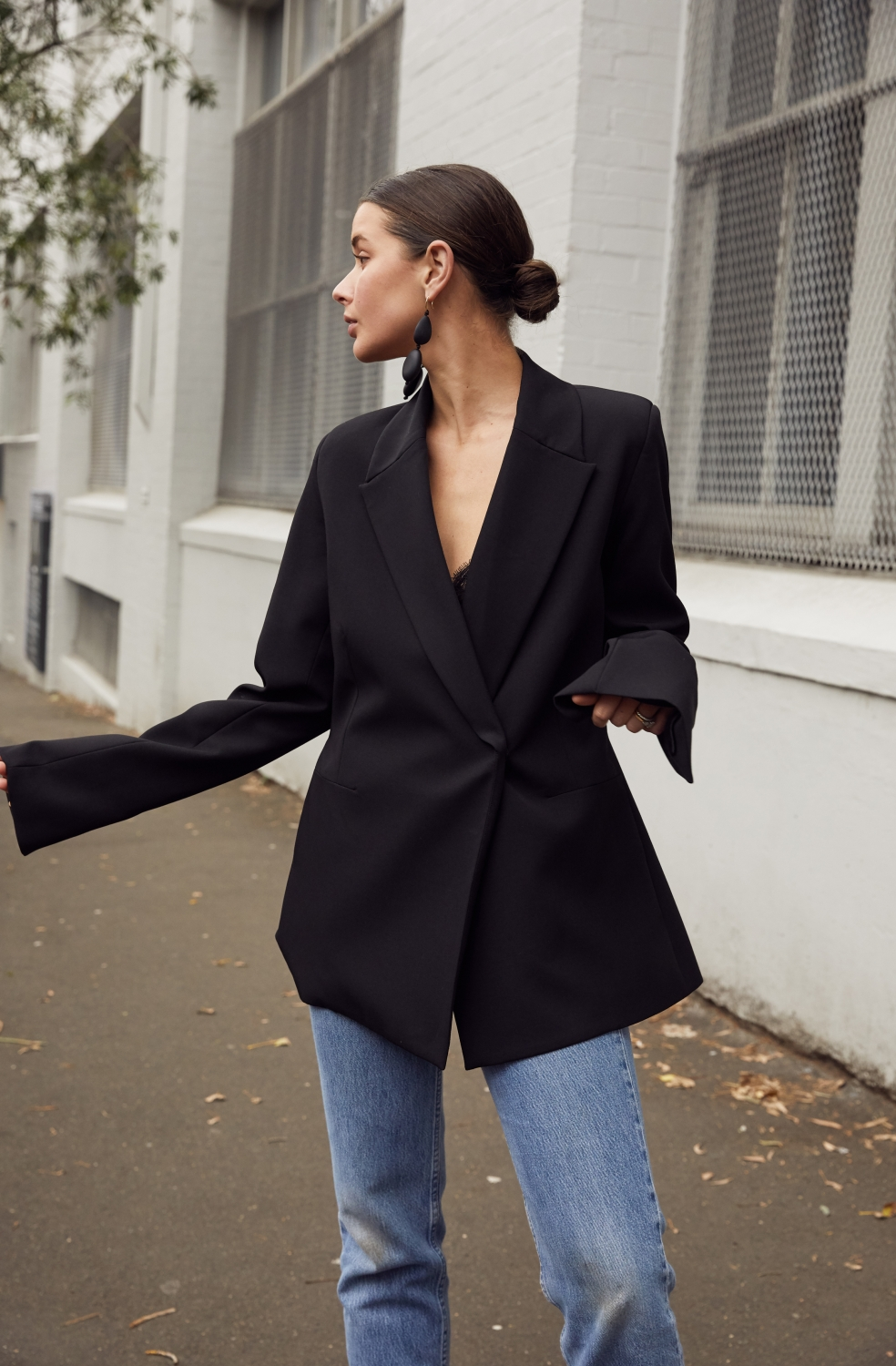 Black blazer and blue jeans | Harper and Harley | outfit | style
