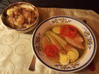 Sulz von der Schweinebacke mit Bratkartoffeln