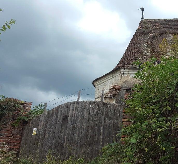 Seiteneingang zum Kirchhof