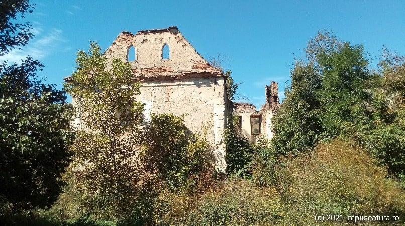 Auf dem Schlossberg von Buia