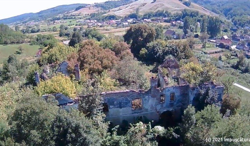 Die Schlossruine Bolyai in Buia