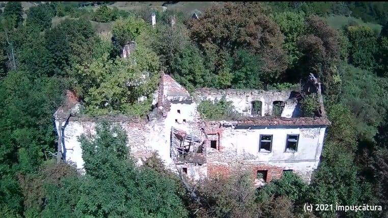 Luftaufnahme des Wohngebäudes
