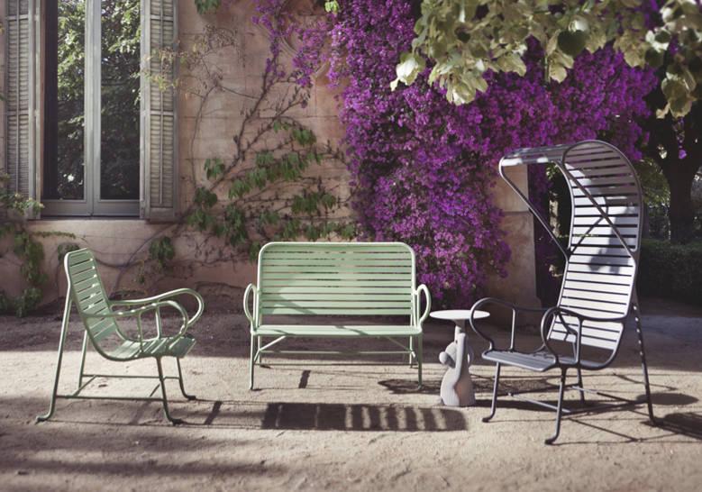 BD Barcelona's  Gardenias Armchair (Outdoor) by Jaime Hayon