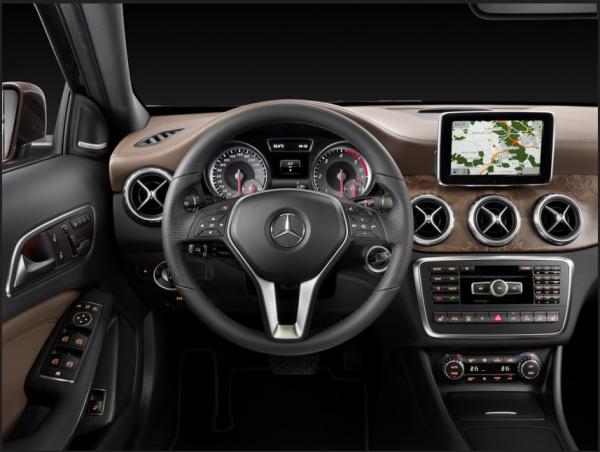 2015 Mercedes-Benz GLA-Class 1