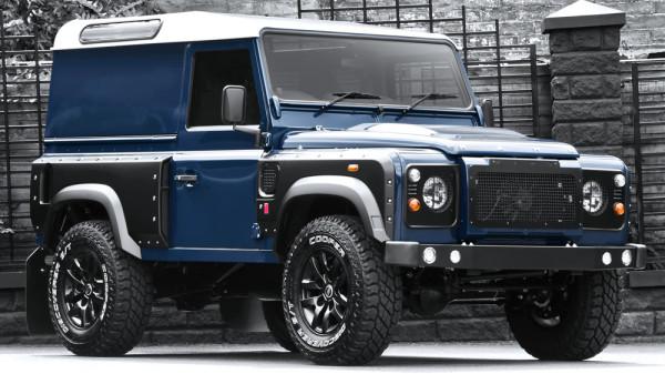 Land Rover Defender 2.2 - Chelsea Wide Truck 1