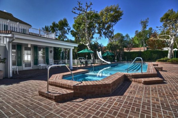 The Village Crean Compound is located at 2300 Mesa Drive, Newport Beach, California, United States