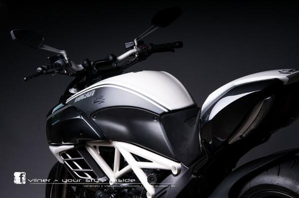 Vilner Ducati Diavel AMG 2