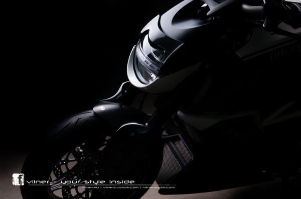 Vilner Ducati Diavel AMG 3