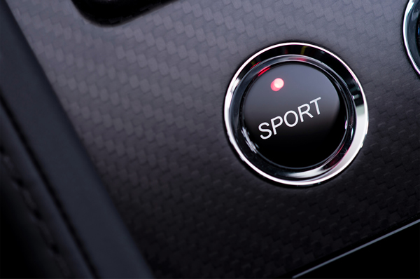 Aston Martin V12 Vantage S 18