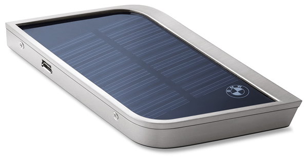 BMW i Collection solar charger 4